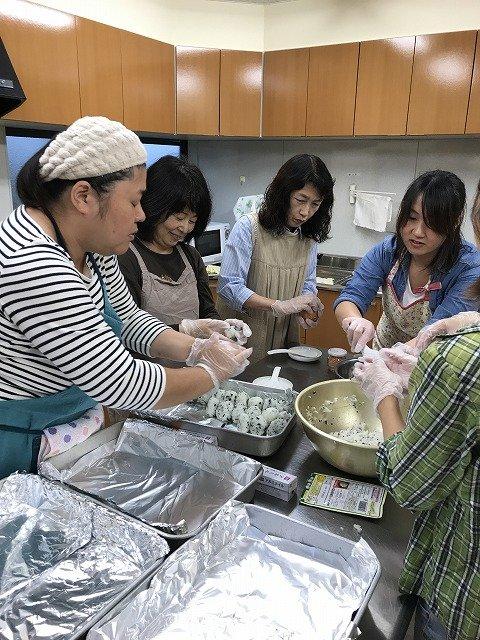 Preparing rice balls for BBQ