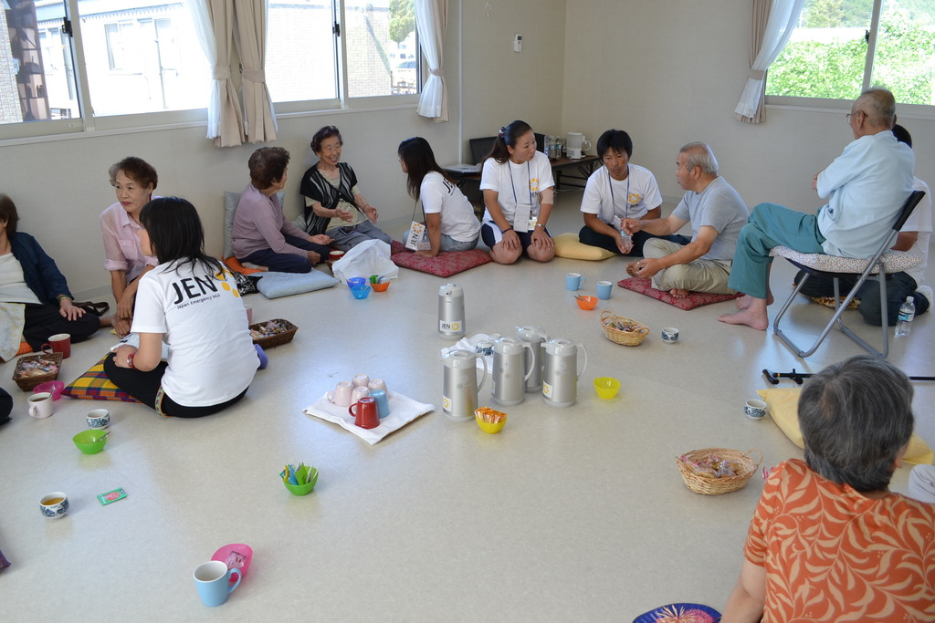 Tea Party, at temporary shelters