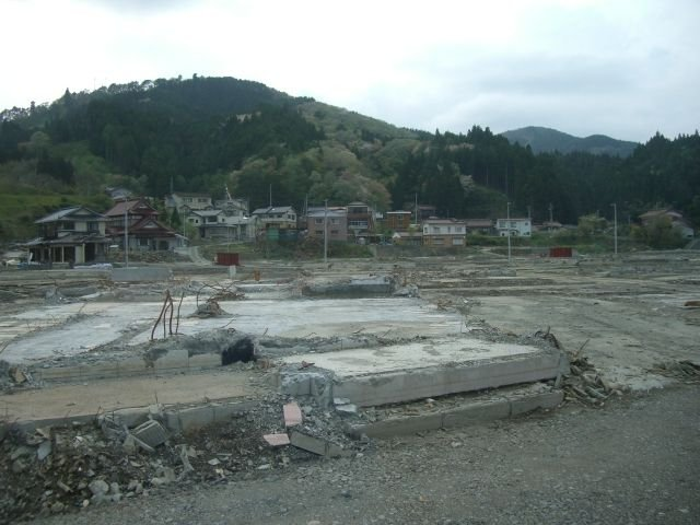 Little but rubble in Kesennuma (1)
