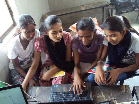 Community children enhancing their 21st century sk
