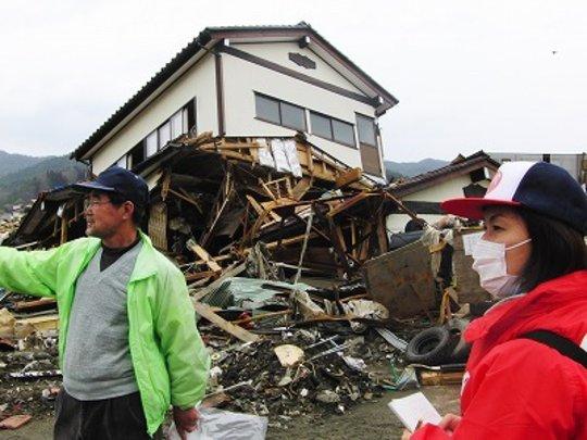 AAR's first assistance team in Kesennuma City