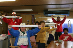 Residents practice their stretching with AAR