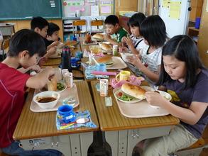 School lunch (July 2011, Fukushima Prefecture)