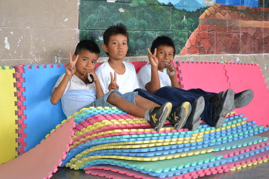 Our best helpers: Carlitos, Jairo and Rafael