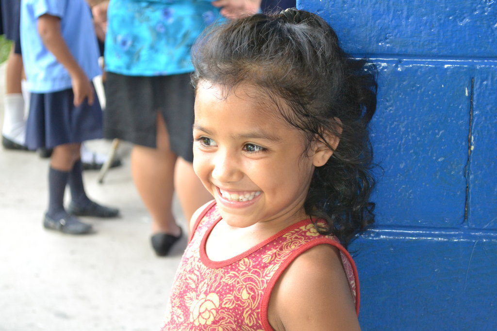 Help children in El Salvador overcome trauma