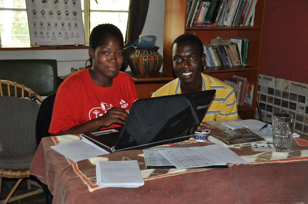 Kutullo and Kabelo working on their CV