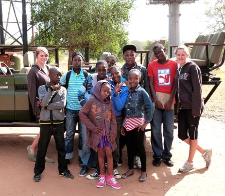 The best 8 pupils from Ramatau at the game drive