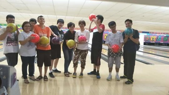YAP's bowling outing