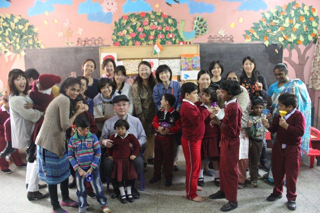 SNEHA WITH JAPANESE VOLUNTEERS