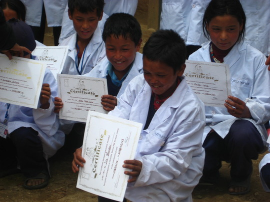 Little Doctors receiving their certificates.
