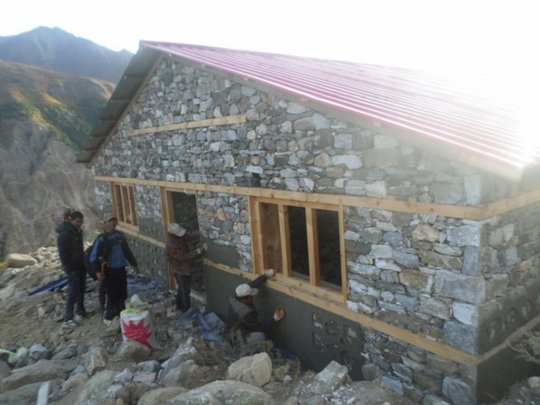 Yari Birthing Centre building work