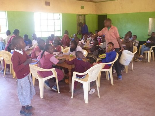 Lunchtime at Athi School