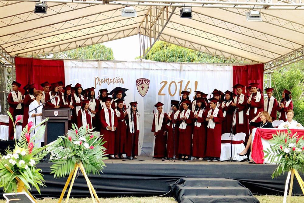 The first graduating class of Emprendedora