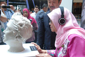 Dato' Sri Rohani launched the art installation