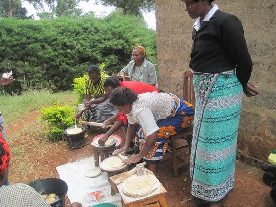 Women preparing cassava dishes