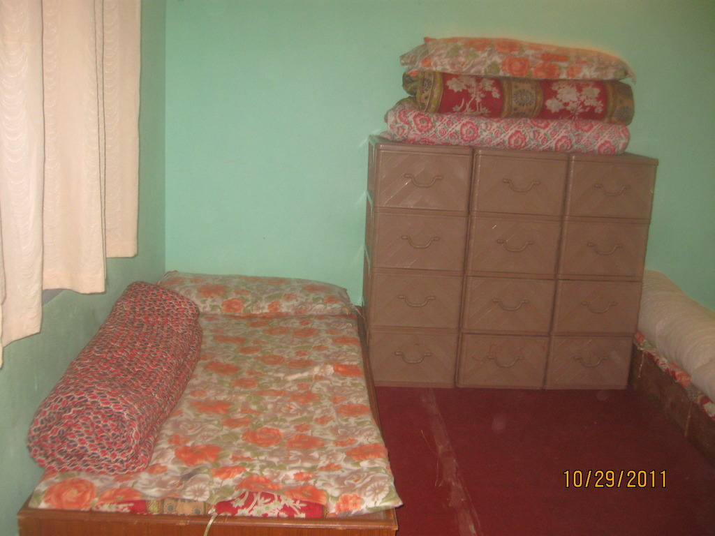 Beds and dressers in place