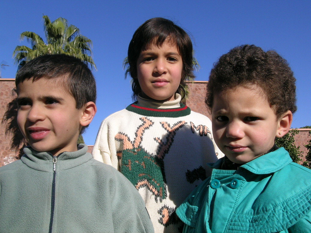 KEEP 100 MOROCCAN CHILDREN AWAY FROM ABANDONMENT