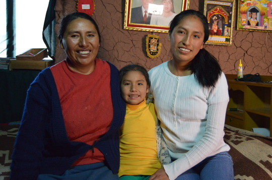 PP Scholar, Maribel, with her mother and sister