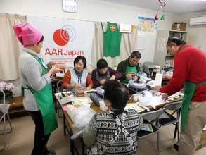 Yoshiko SHIODA (left), cooking adviser