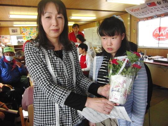 Mini-concert for tsunami survivors (Miyagi Pref.)
