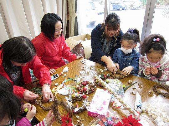 Making original Christmas decorations