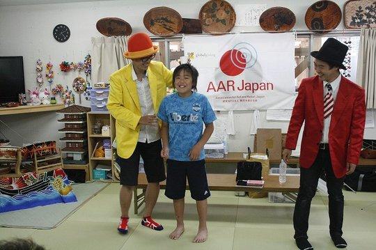 A participant Sho assisted the magicians