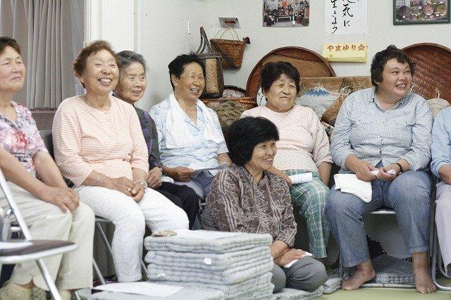 Participants in bright smiles