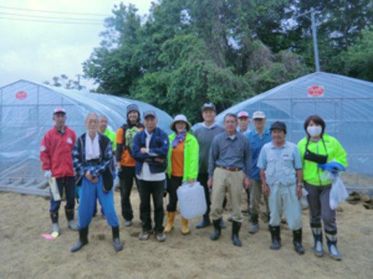 Hibiki Group Photo. Cooperation is key to success