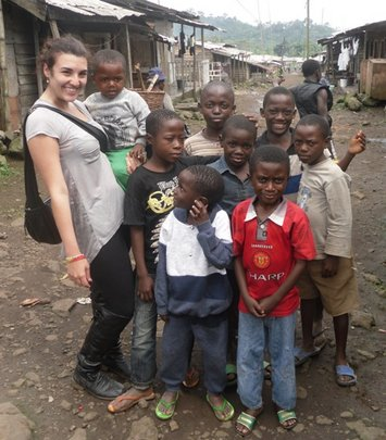 Johanna with Tole Children