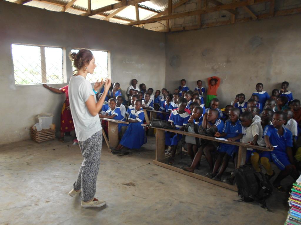 Maaike in classroom