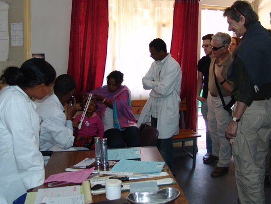 Simple Surgery to Restore Sight in Ethiopia