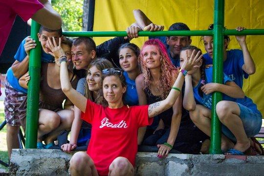 CERI volunteer and Moldovan youth at summer camp