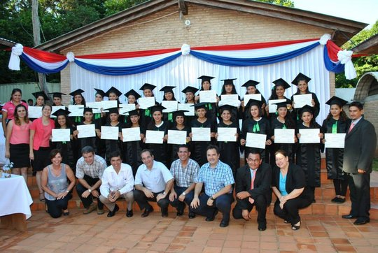 Graduates of Mbaracayu with brand new diplomas