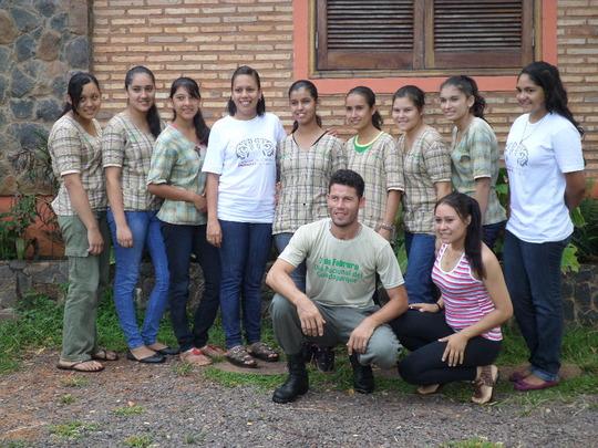 Dalila, classmates & teachers of CEM!