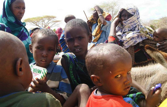 Somali refugees waiting for assistance