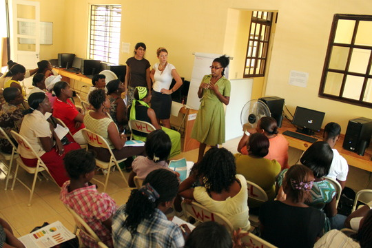 Grassroots women learn about civic participation