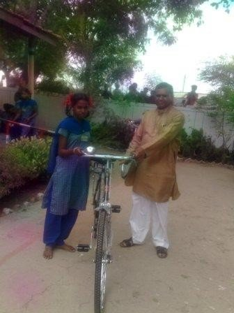 Bicycle Help Sapna to Continue her Education