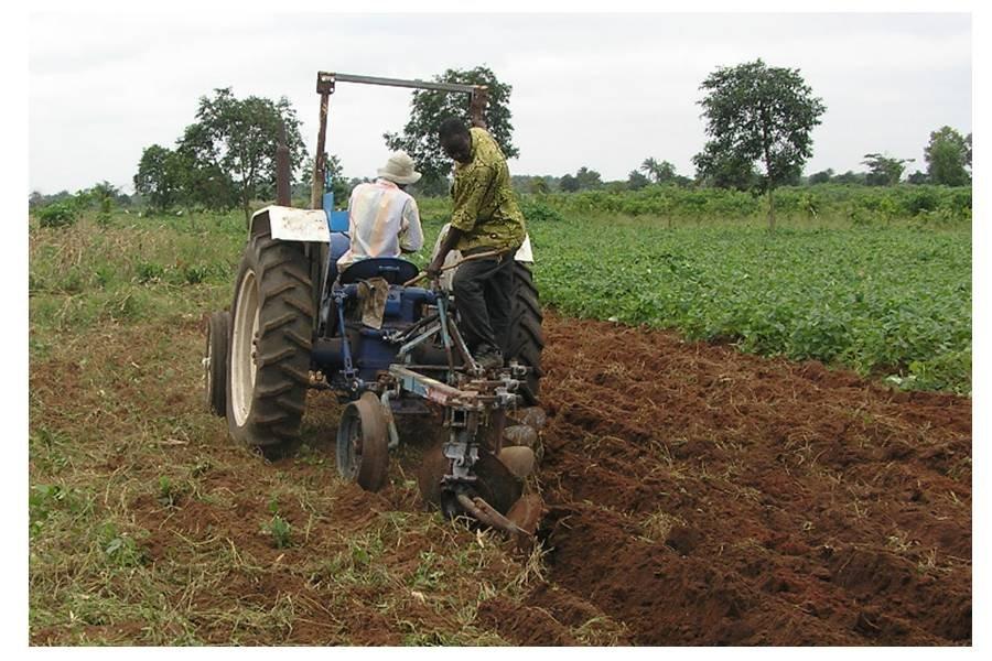The tractor in action in Benin!