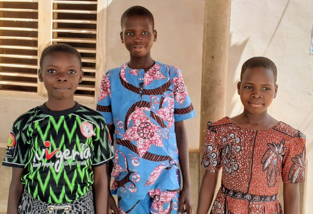 Supporting village children into school in Benin