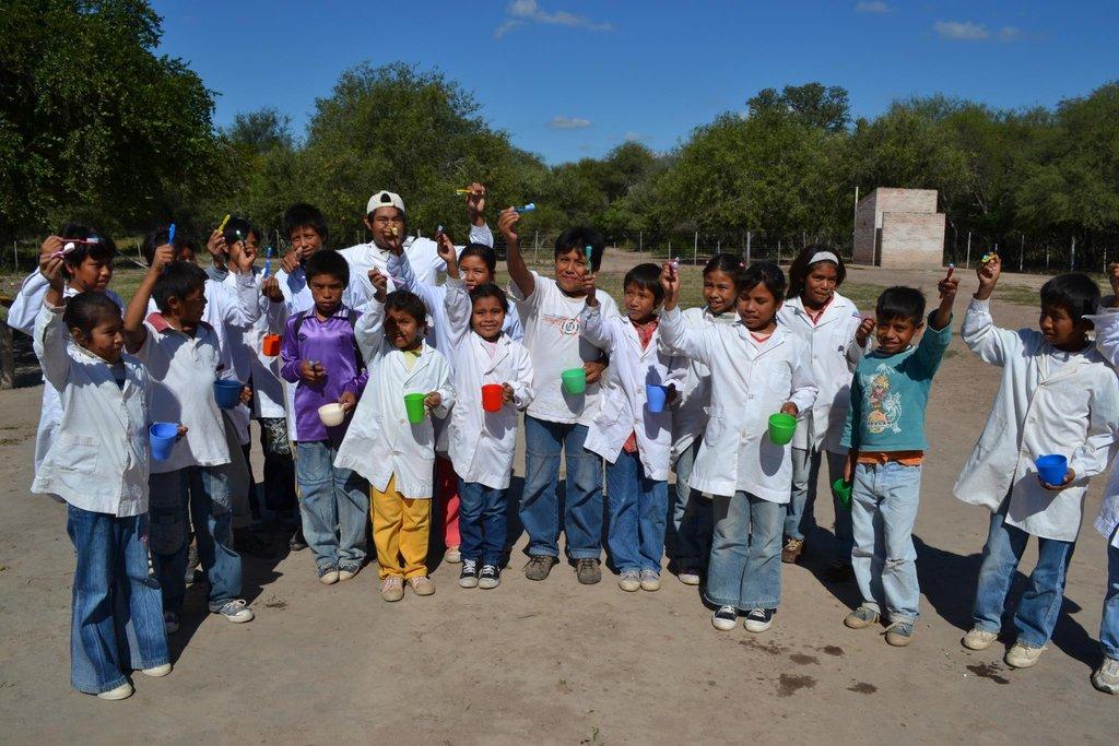 Children: School in Pampa del Indio (Chaco)