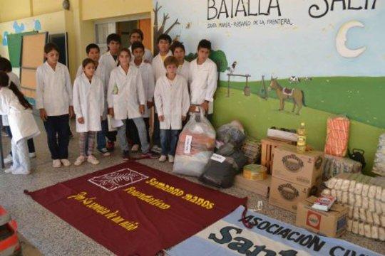 Donaciones en las escuelas de Salta