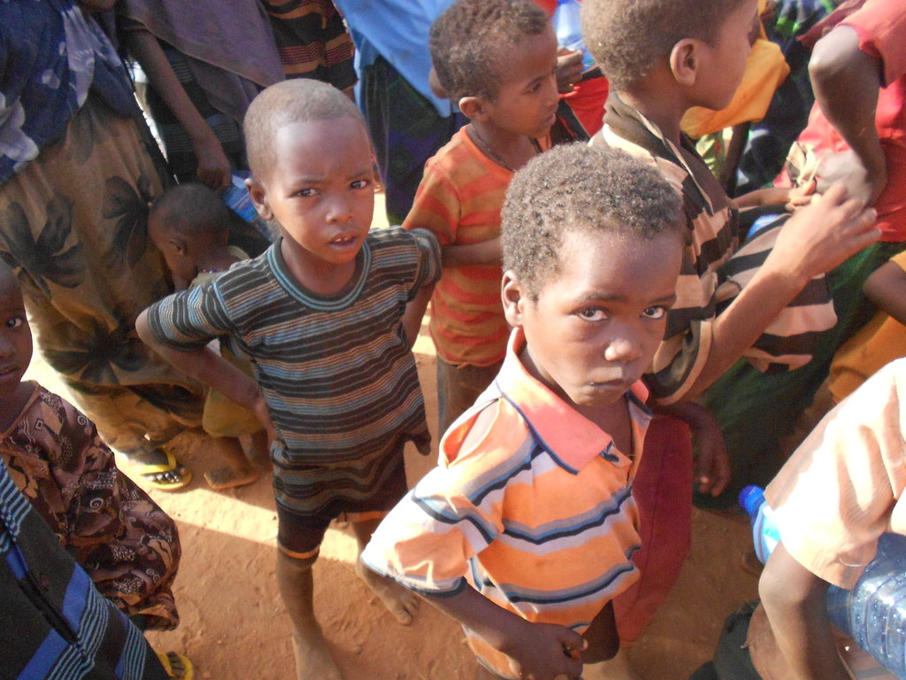 Children-at-refugee-camp