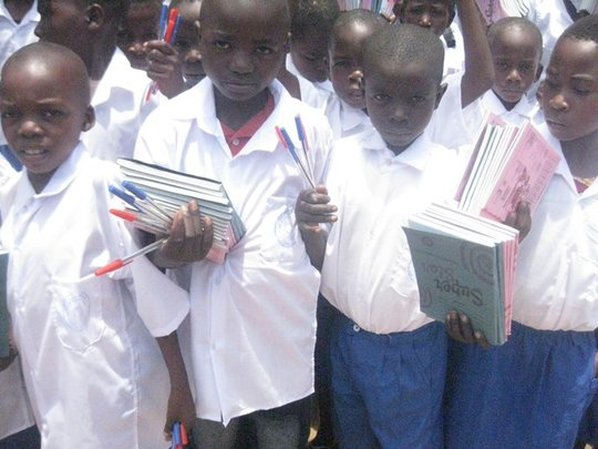 Rwenena children in Luberizi for distribution day
