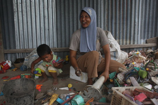 Livelihood for the poor families with waste