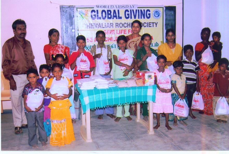 Beneficiaries with Global Giving benefits