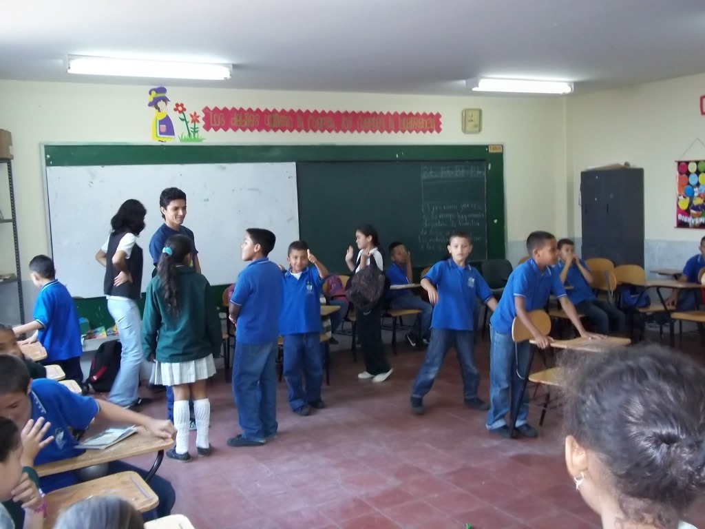 Instituciones Educativas - At the schools