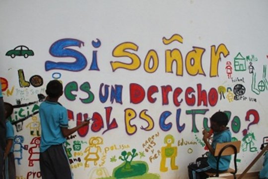 Train 2500 colombian children in peace building.