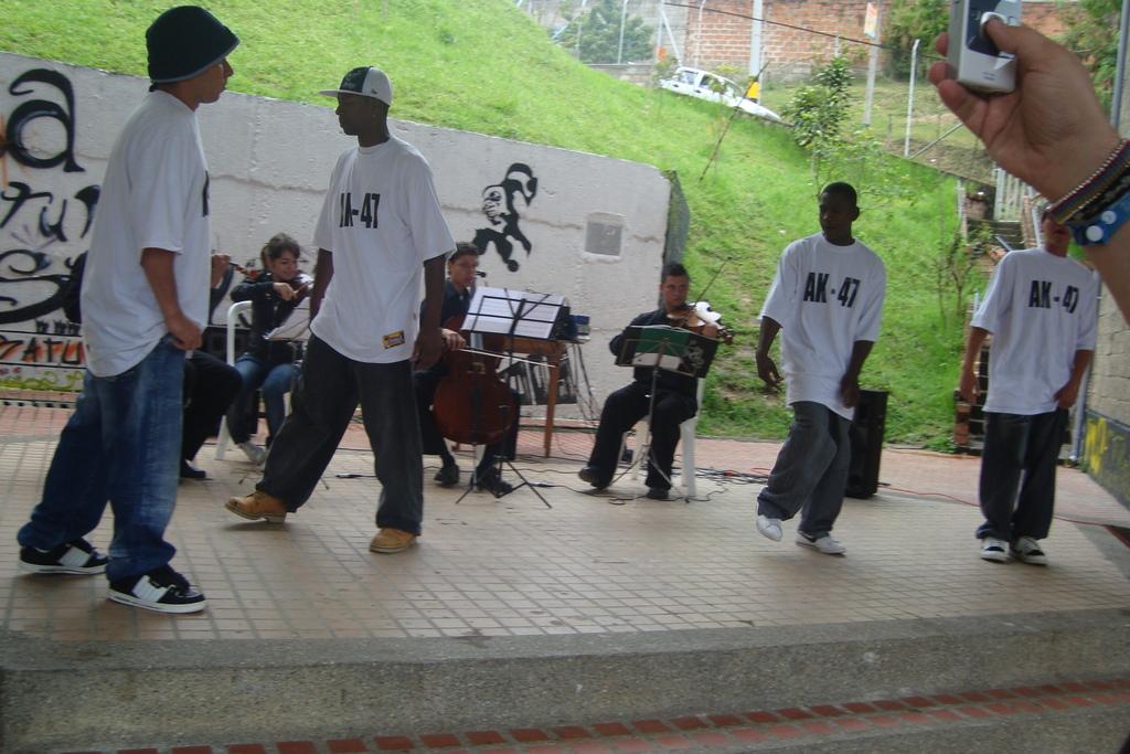 Rap crew AK-47 - Grupo de rap AK-47
