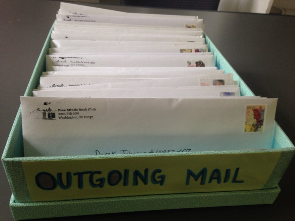 Letters on the way to members in federal prisons