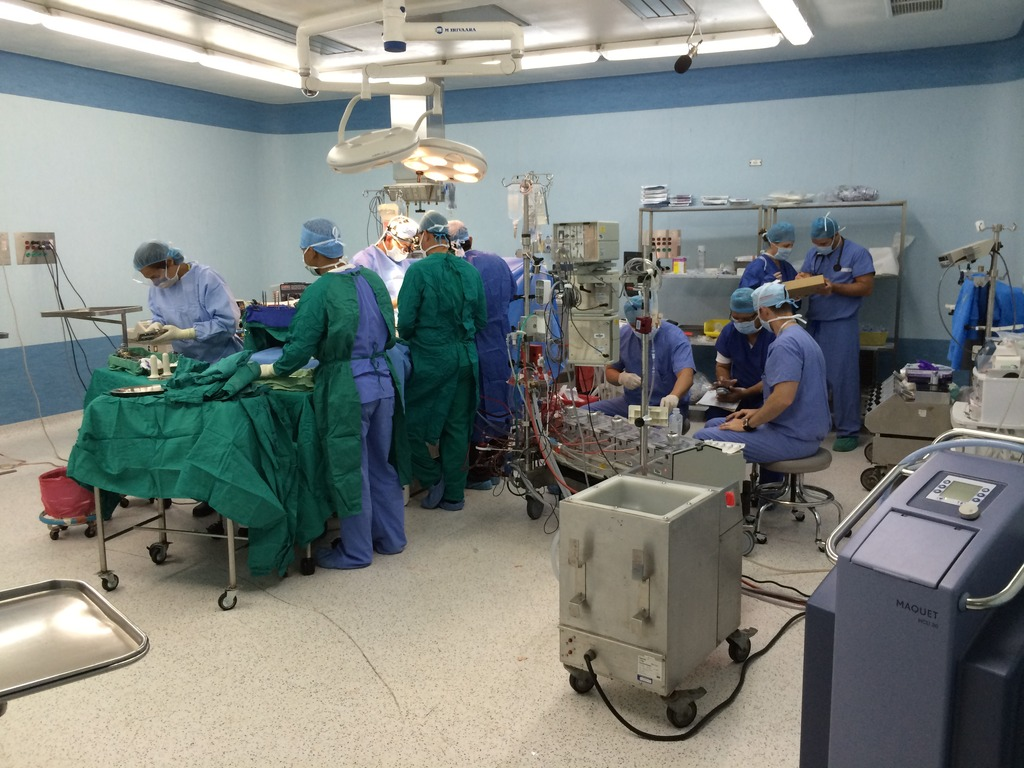 The First Surgery of the Week, photo by Dr. Vu